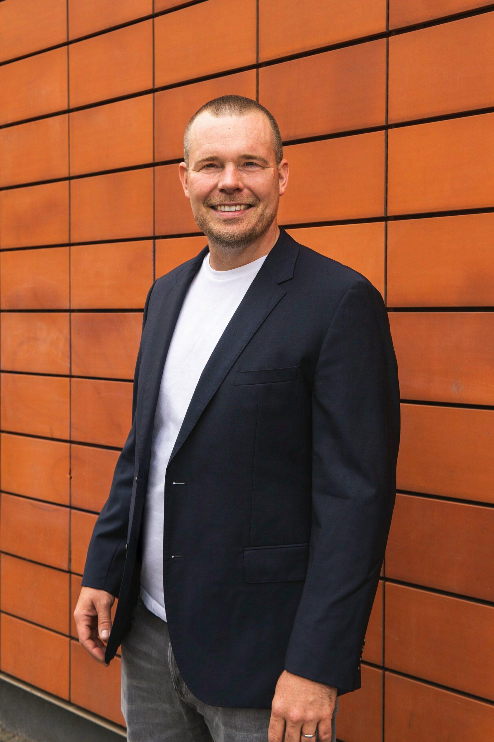 Simon Baring nextbike Senior Business Development Manager Media & Services